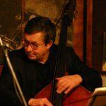 2004-12-15.16、ウィーン【 JAZZLAND 】、素晴らしいベースマン・ Heinrich Werkl(b)。大好きです!